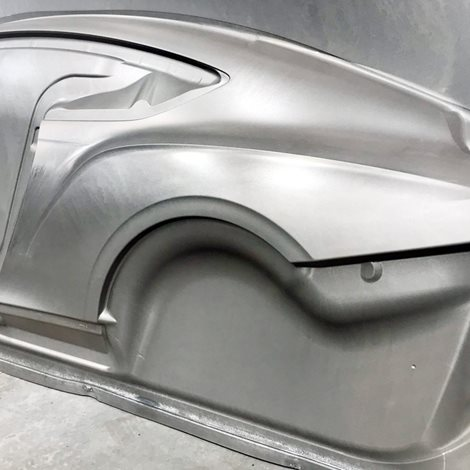 aluminium sheet hot formed for a car body